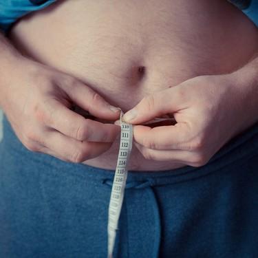 No te culpes por estar gordo: la causa de la obesidad es la pobreza, no las decisiones individuales