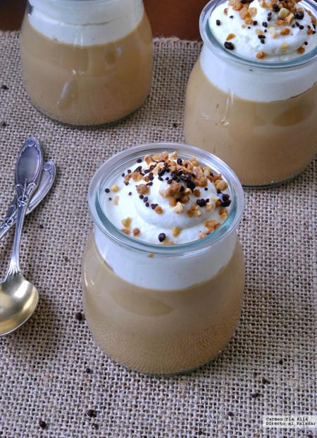 Vasitos de crema de café con chantilly: receta fácil y sin horno para una sobremesa elegante