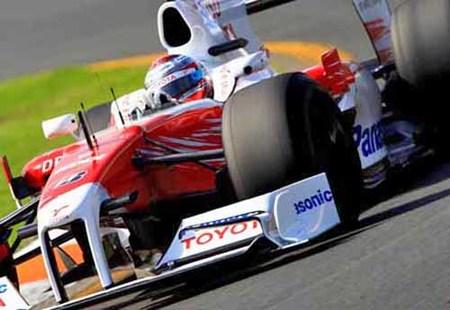 Alonso queda quinto por la descalificación de Jarno Trulli, y sanción a Vettel