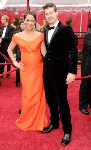 Los peores looks sobre la alfombra roja de los Oscar 2010