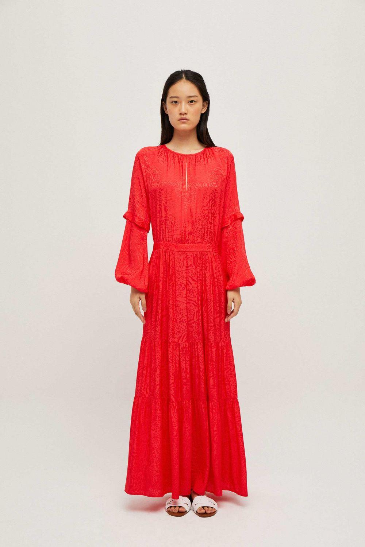 Vestido rojo de manga larga