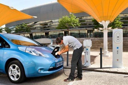 Dinamarca pondrá a prueba la tecnología Nuvve V2G: Electricidad del coche a la red
