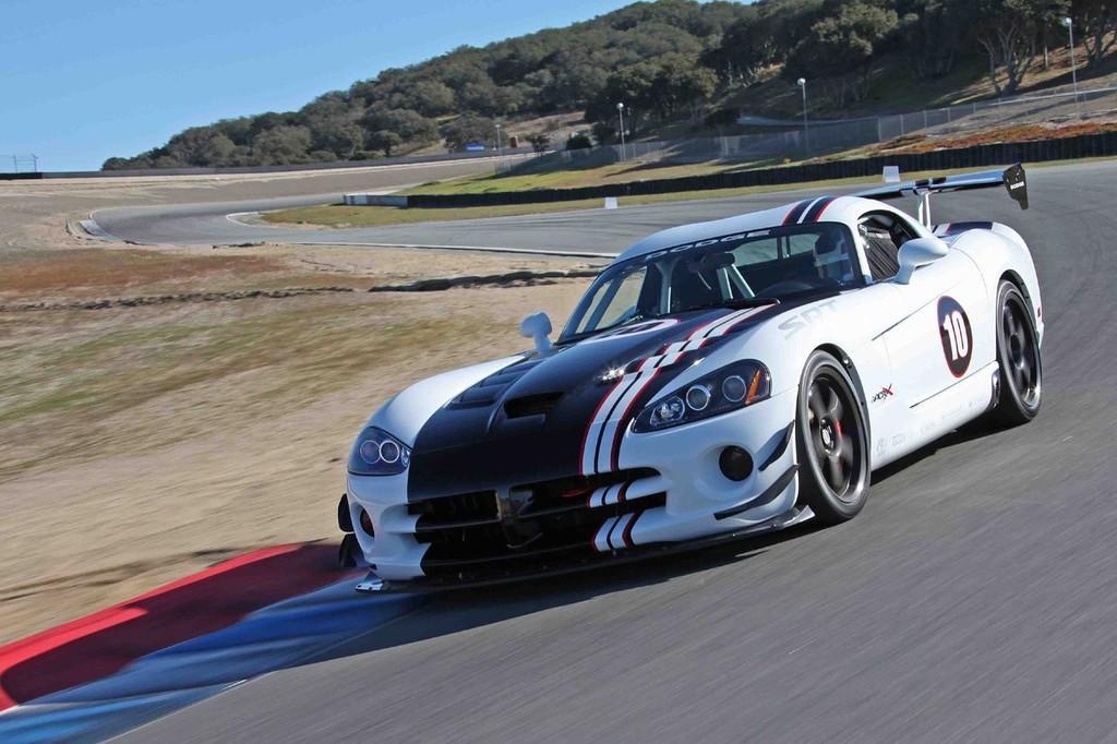 Foto de 2010 Dodge Viper SRT10 ACR-X (7/9)
