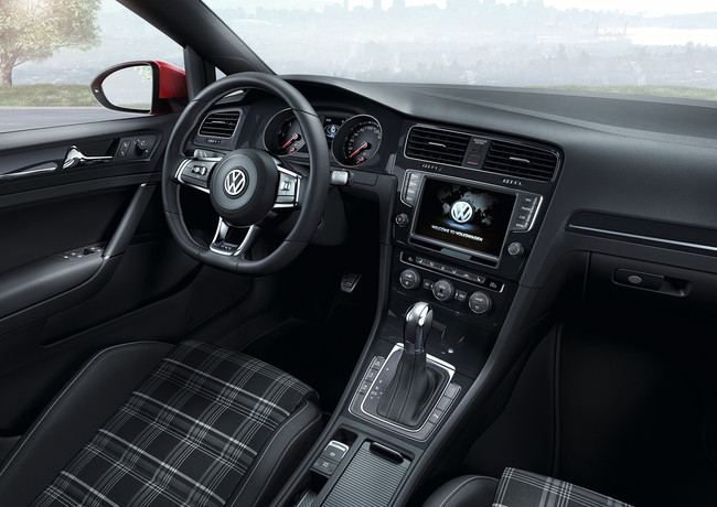 Volkswagen Golf GTD 2013, vista interior