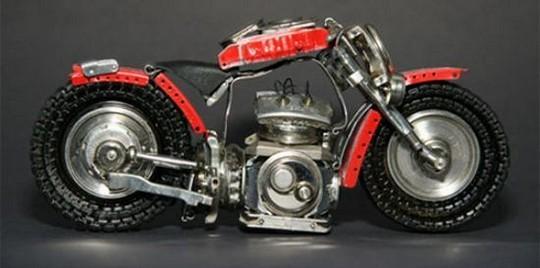 Foto de Motos hechas con relojes (13/25)