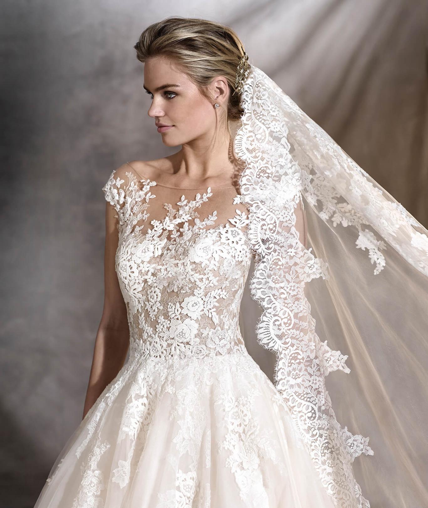 1e4a87c05b 11 tipos de velos para llevar el día de tu boda