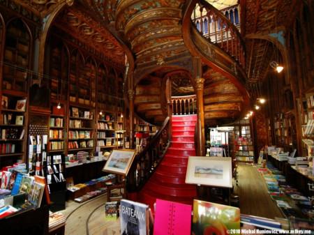 Livraria Lello e Irmão (Oporto, Portugal)