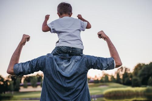 Cómo mantener tu espalda sana: del entrenamiento en el gimnasio a tu día a día