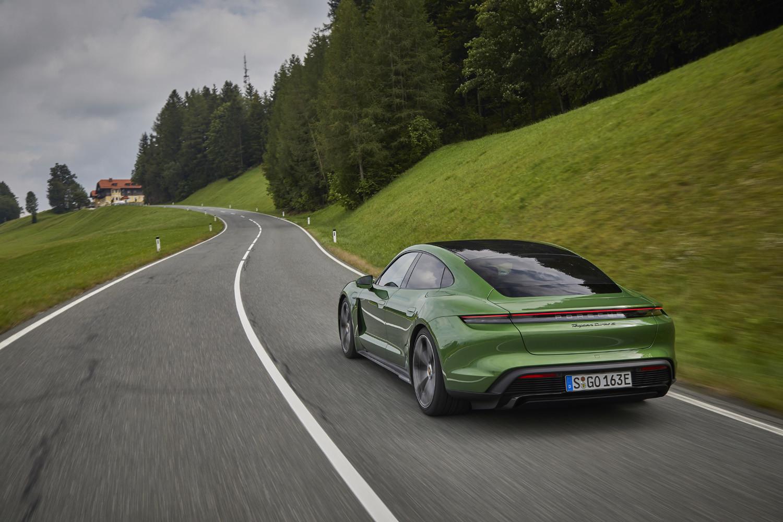 Foto de Porsche Taycan prueba contacto (196/275)