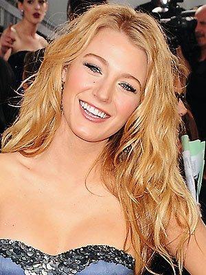 El look de Blake Lively en los Globos de Oro 2009