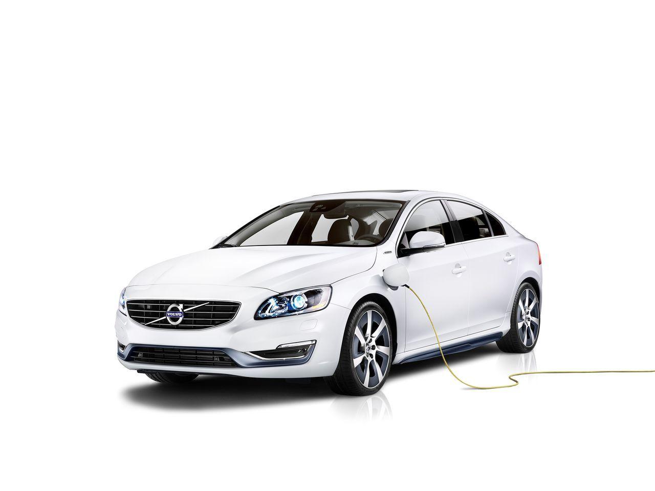 Foto de Volvo S60L Plug-in Hybrid Concept (1/17)