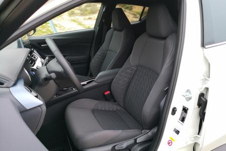 Toyota Chr 125h 2020 10