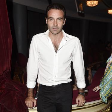 Enrique Ponce se muda, Paloma Cuevas sigue muda y ¿cogerá Ana Soria alguna muda para irse con él?