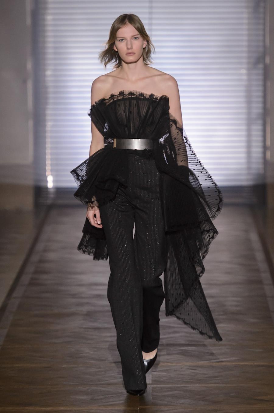 Foto de Givenchy Alta Costura Primavera-Verano 2018 (9/35)