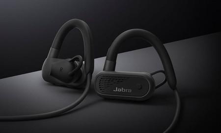 Unos completos auriculares inalámbricos para deportistas como los Jabra Elite Active 45e, hoy sólo cuestan 49,99 euros en Amazon: su precio más bajo hasta la fecha
