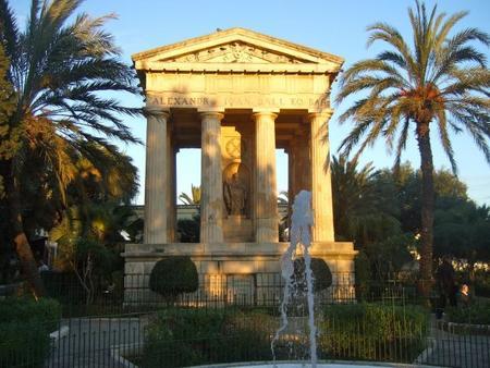 Lower Barracca Gardens: con vistas al Gran Puerto de La Valletta, Malta