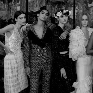 Chanel hace un fashion film en el que no falta Penélope Cruz, Lily-Rose Depp y hasta una novia a caballo para presentar su Alta Costura 2021