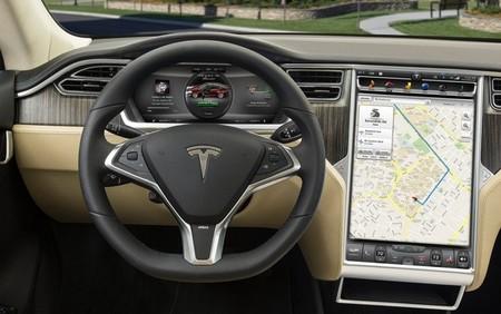 El Tesla Model S podría verse privado de su gran pantalla táctil central