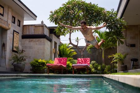 Hay un Airbnb de piscinas privadas. Y su demanda se ha disparado gracias al coronavirus