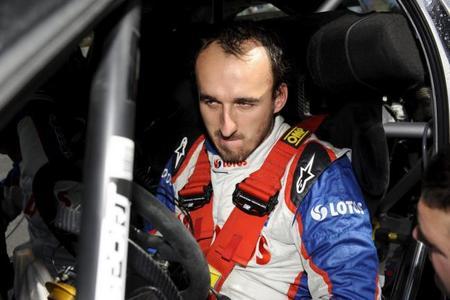 "Robert Kubica:""Me resulta amargo observar las victorias de Mercedes AMG"""