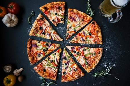 Los quesos para una pizza perfecta son el Mozzarella y el Cheddar