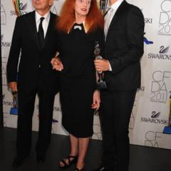 Foto 36 de 41 de la galería todos-los-premiados-y-los-asistentes-a-la-gala-de-los-cfda-2011 en Trendencias