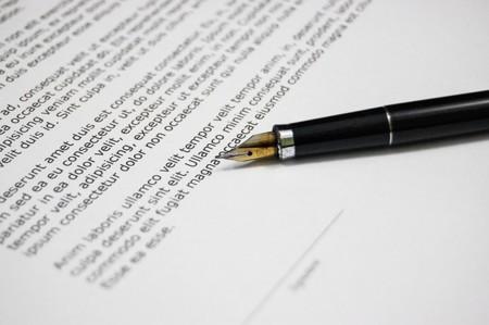 Adiós a la letra menuda de los contratos de telefonía celular en Colombia