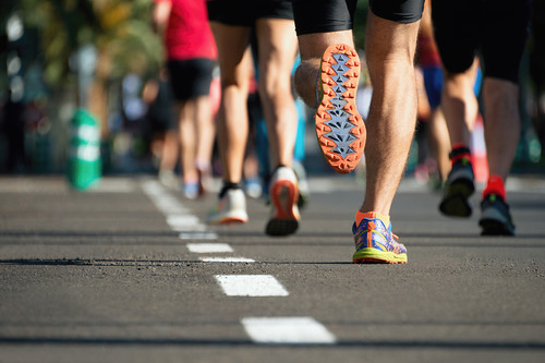 Entrenar con series para mejorar la carrera: los diferentes tipos de series de running según su longitud
