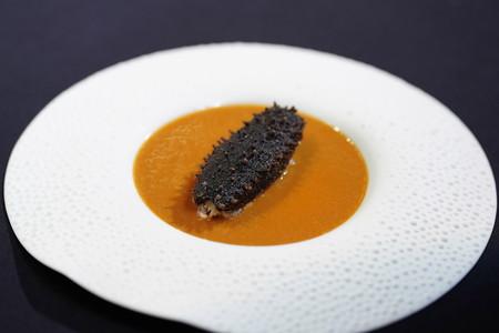 Así utilizan el pepino de mar en la gastronomía china: un alimento de lujo que nada tiene que ver con nuestras espardeñas