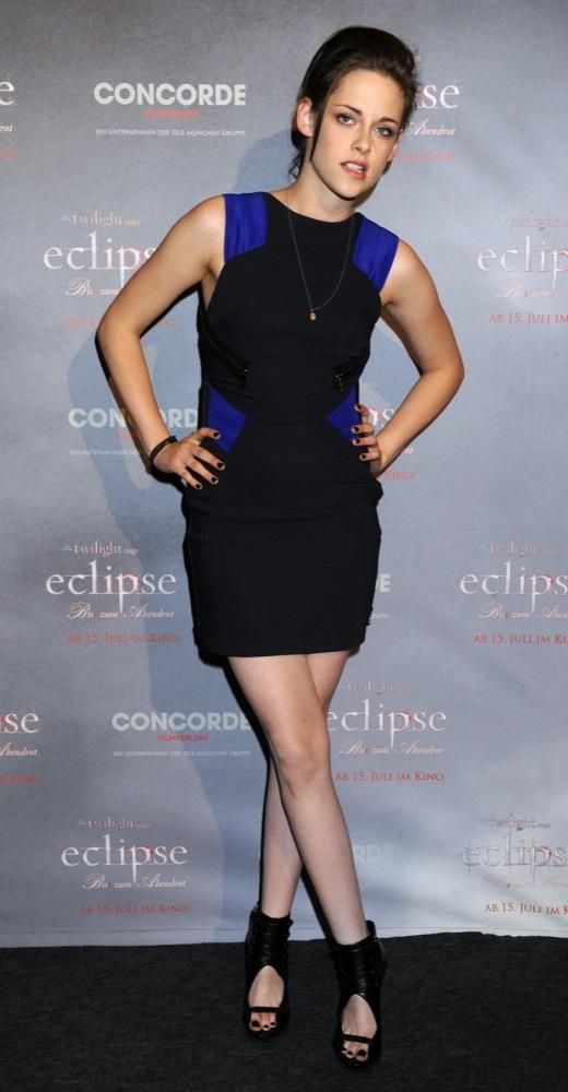 Foto de Más looks de Kristen Stewart presentando lo nuevo de 'Crepúsculo', 'Eclipse': en busca del estilo (15/18)