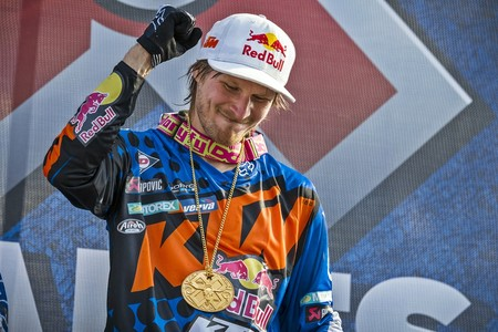 Tras 10 años de gloria, Taddy Blazusiak se retira de la competición