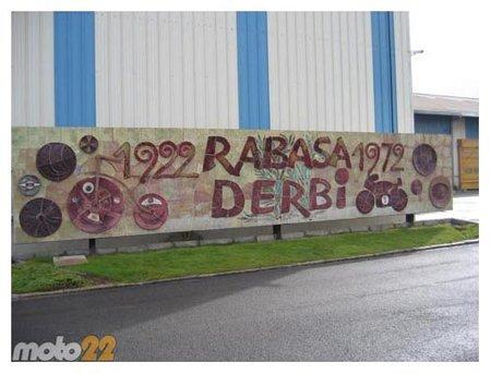 Y Piaggio cerró Derbi