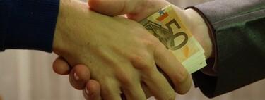 Los problemas de guardar dinero en casa frente a tenerlo en el banco: no es sólo la inflación, es explicarlo a hacienda
