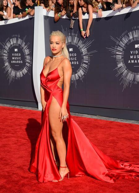 La carísima manicura de Rita Ora y otros nail-art  de los MTV Video Music Awards 2014