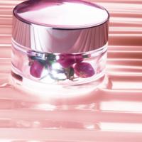 Rénergie Multi Glow de Lancôme, una crema creada especialmente para las 'boomers'