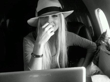 Lindsay Lohan ya puede salir de compras