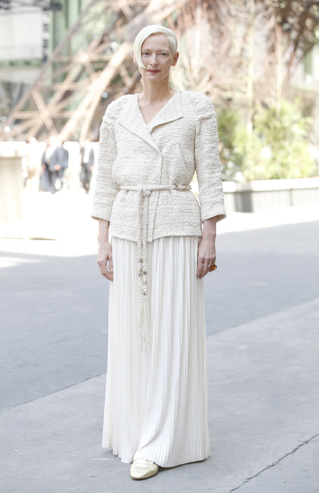 front row chanel alta costura tilda swinton