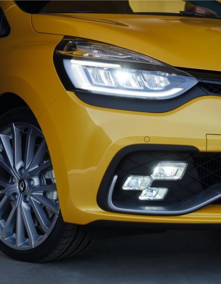Renault Clio R S 2016 000