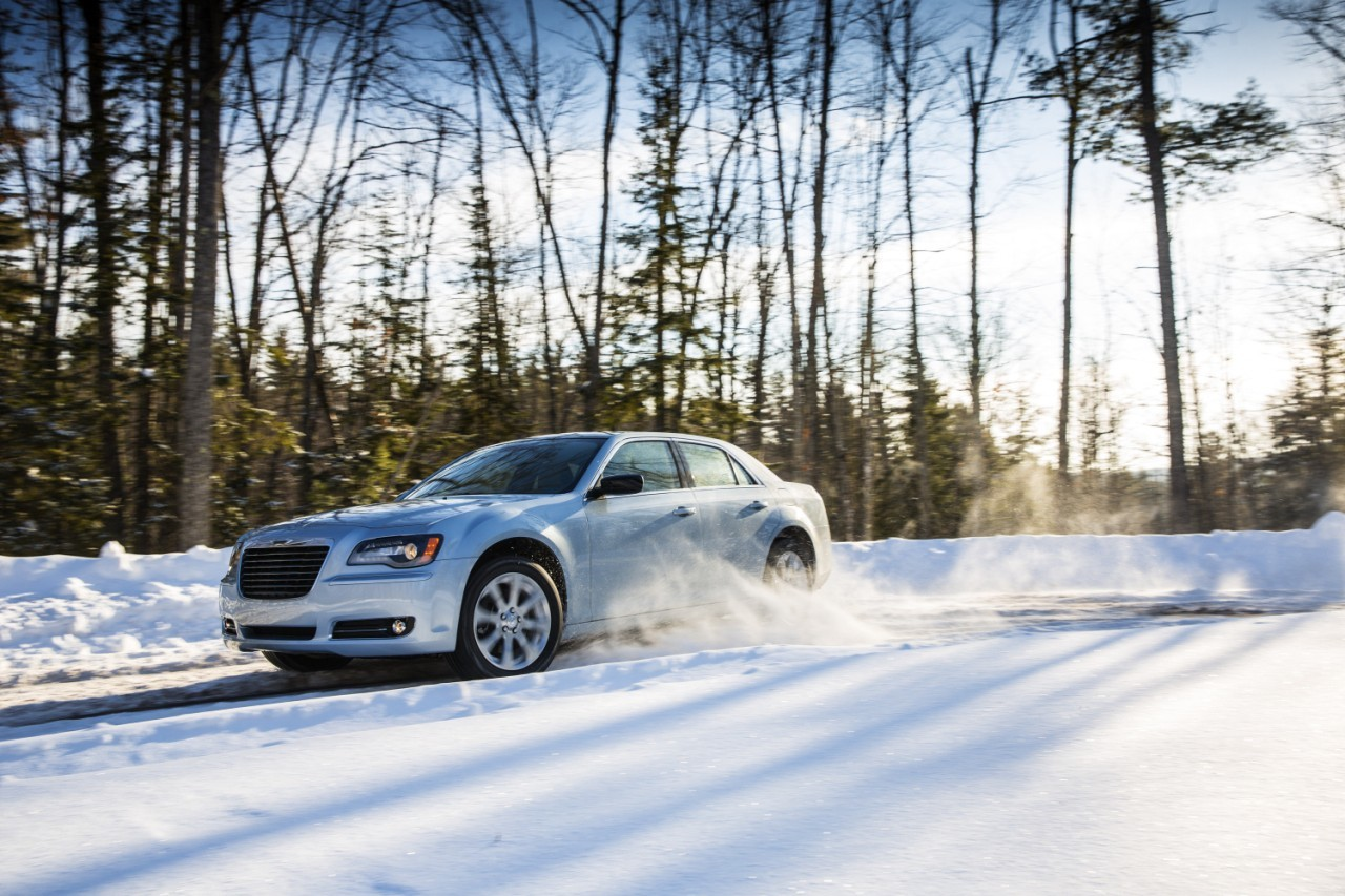 Foto de 2013 Chrysler 300 Glacier (8/27)