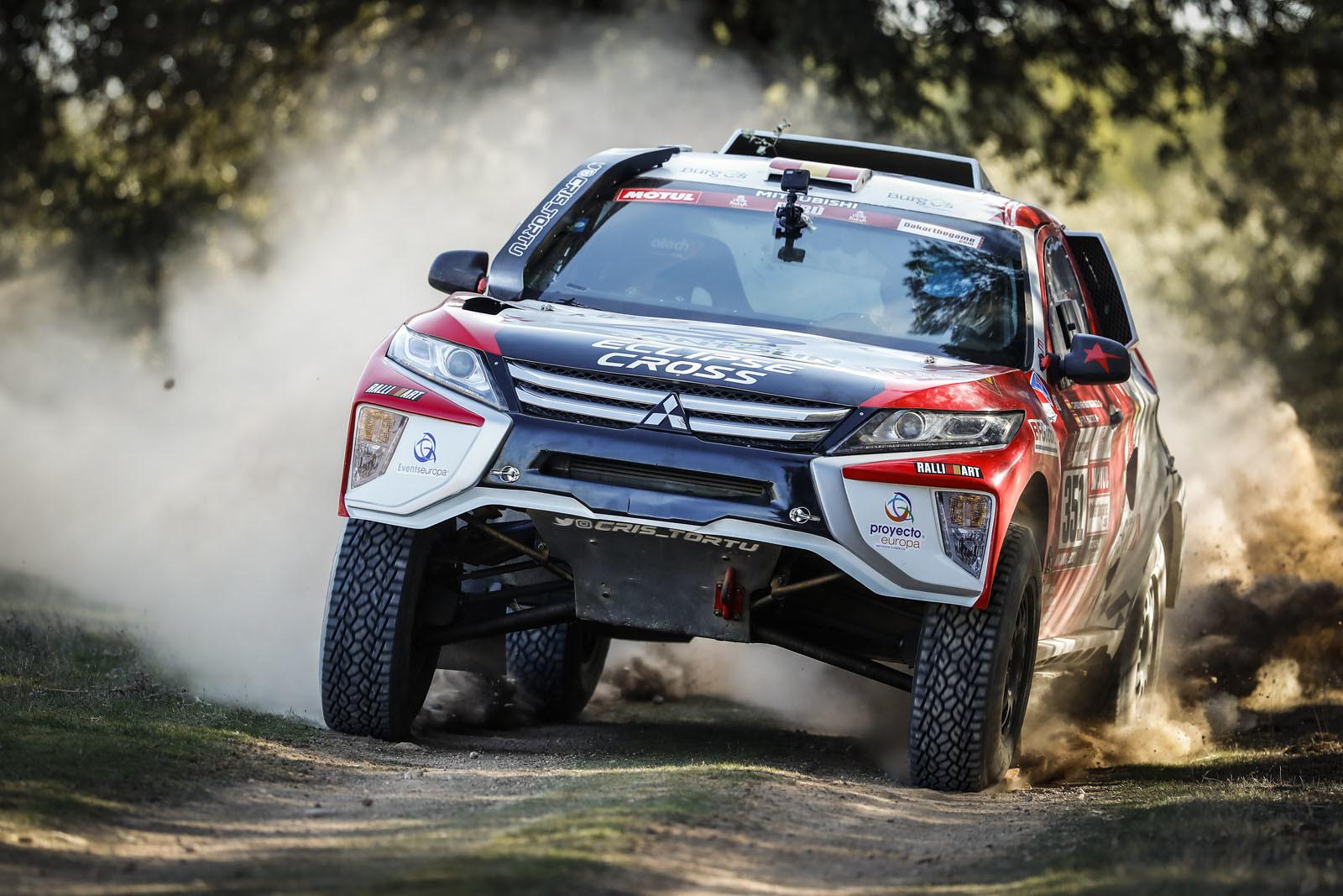 Foto de Mitsubishi Eclipse Cross Proto Dakar (15/38)