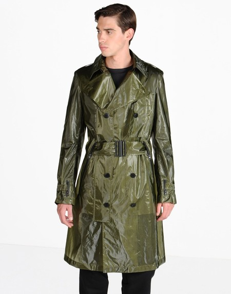 La gabardina de Yohji Yamamoto: Translucent Tech Coat by Y-3