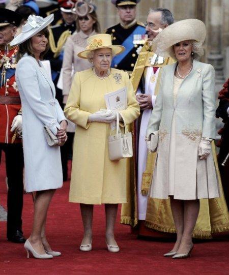 Trío de damas en la boda real del año. ¿Quién gana la partida?