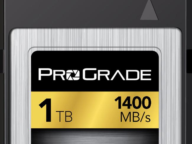 0b77c8744e En marco del NAB Show 2018, ProGrade presentó una nueva memoria CF Express  de 1TB de almacenamiento. Las tarjetas, que llegarán en algún momento de  este año ...
