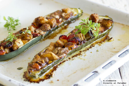 Receta versátil de calabacines rellenos con queso de cabra y pesto