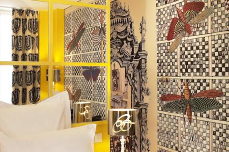 Christian Lacroix lo peta, y los hoteles diseñados por él más. Hoy os mostramos Le Bellechasse en Paris