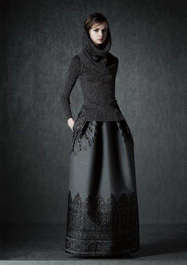 Juego de Tronos inspira los nuevos trajes armadura de la colección Pre-Fall Alberta Ferreti