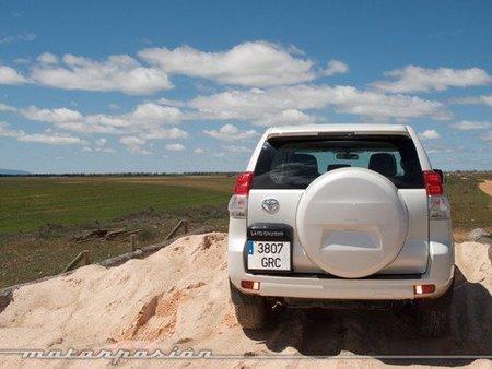 toyota Land Cruiser 2010-06
