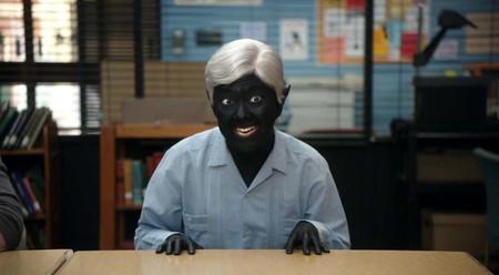 """'Community': Netflix ha retirado uno de sus episodios más memorables por una """"blackface"""" que representaba a un elfo oscuro"""