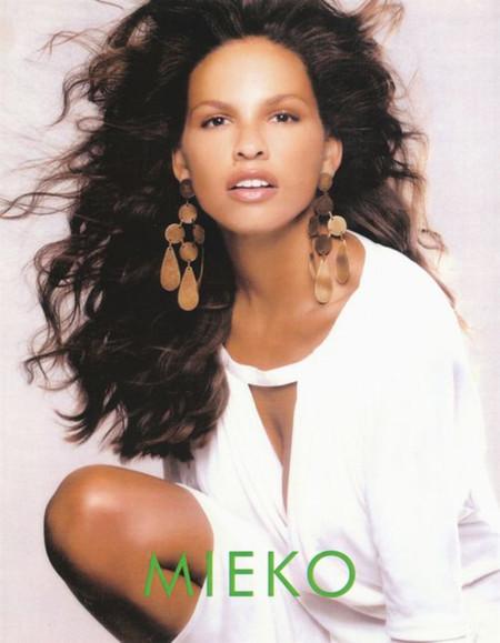Mieko Rye Modelo Cancer Facebook 2