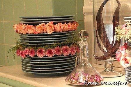 Centros de mesa, flores sobre platos